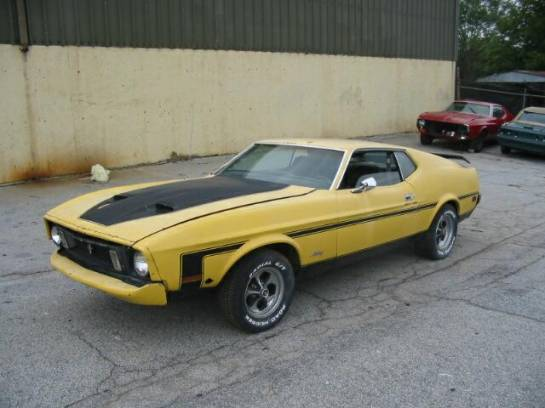 1973 Ford Mustang 351C V8 - Yellow