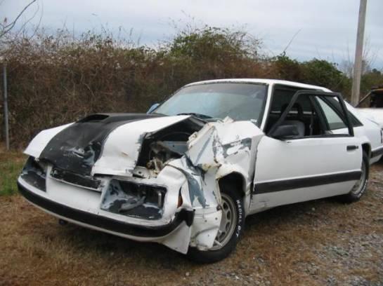 1985 Ford Mustang 5.0 HO - White & Black