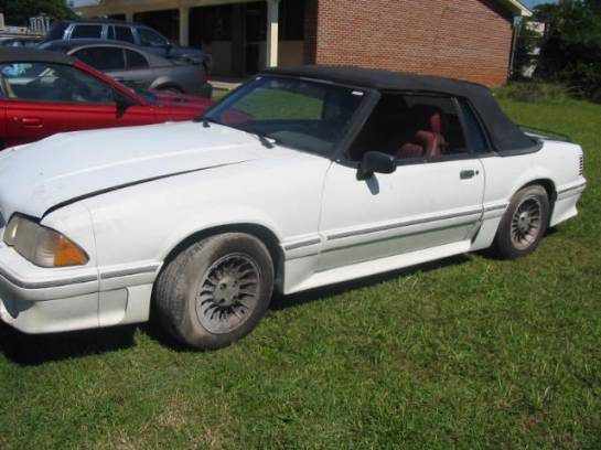 1988 Ford Mustang 5.0 HO Automatic - White - Image 1