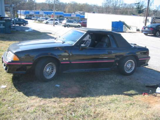 1988 Ford Mustang 5.0 Auto AOD - Black/Pink - Image 1