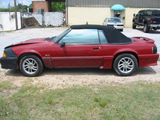 1988 Ford Mustang 5.0 AOD Automatic - Red - Image 1