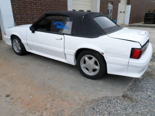 1987-1989 Mustang Convertible - Image 1