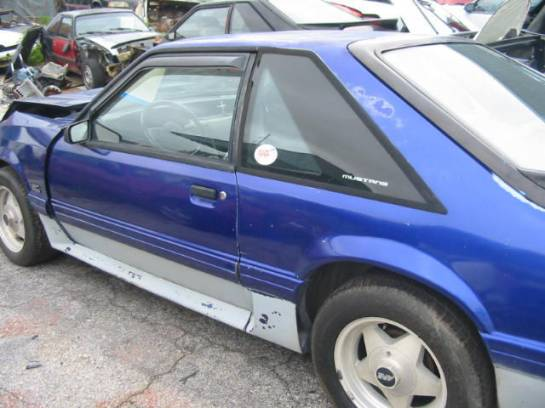 1989 Ford Mustang 5.0 HO Automatic - Blue - Image 1