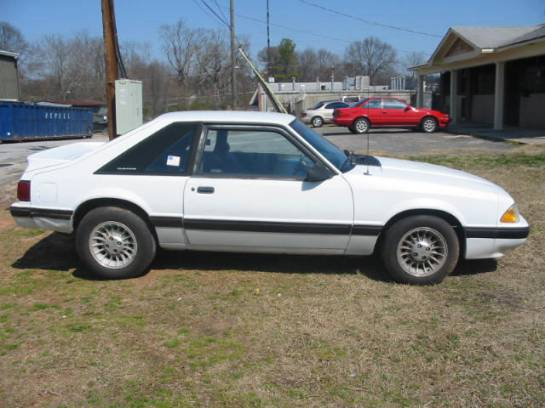 1989 Ford Mustang 4 cyl 5 speed - White - Image 1