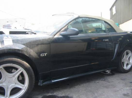 2000 Ford Mustang Convertible 4.6 4R7W Transmission - Black - Image 1