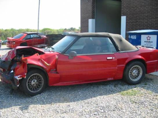 1989 Ford Mustang 5.0 AOD Automatic - Red - Image 1