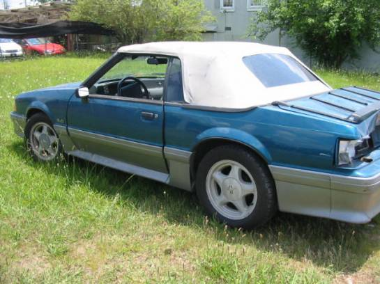 1990 Ford Mustang 5.0 Automatic AOD - Teal & Silver - Image 1