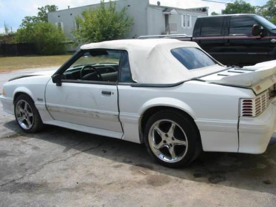 1991 Ford Mustang 5.0 with custom intake Automatic AOD - White - Image 1