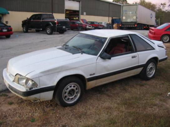 1992 Ford Mustang 5.0 Auto - White - Image 1