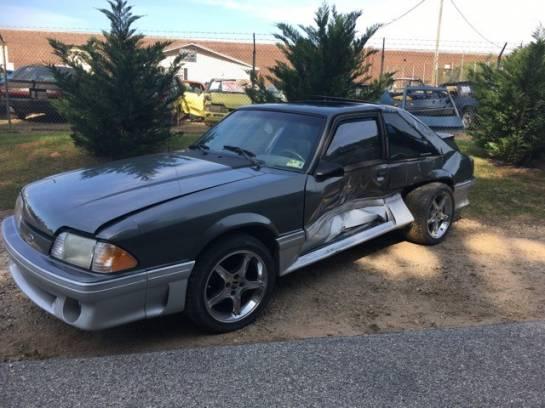 1989 FORD MUSTANG HATCHBACK GT - Image 1