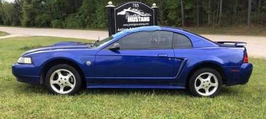 2004 Ford Mustang V6 - Image 1