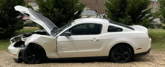 2011 Ford Mustang V6 - Image 1