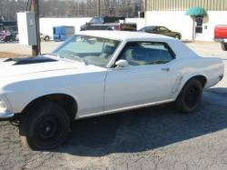 1969 Ford Mustang 302 missing - White