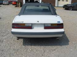 1985 Ford Mustang 5.0 - White - Image 5