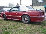 1987 Ford Mustang 5.0 5 Speed - Red/white top - Image 2