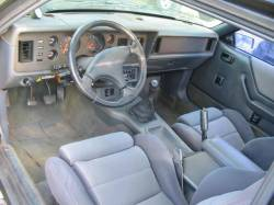 1986 Ford Mustang 2.3 L 5 speed - Black - Image 4