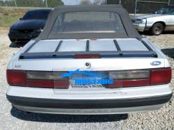 1993 Ford Mustang Convertible 2.3 - Image 3