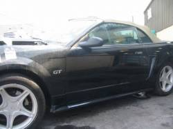 2000 Ford Mustang Convertible 4.6 4R7W Transmission - Black