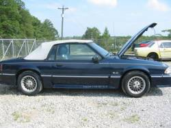 1989 Ford Mustang 5.0 L Auto AOD - BLUE - Image 1