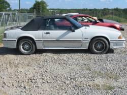 1989 Ford Mustang 5.0 V8 5 Speed - White - Image 1
