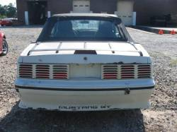 1989 Ford Mustang 5.0 V8 5 Speed - White - Image 5