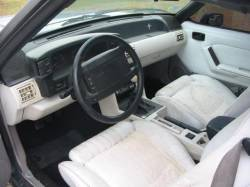 1990 Ford Mustang 5.0 HO T-5 Five Speed - Green - Image 3