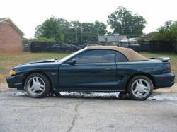 1995 Ford Mustang 5.0 AODE Automatic - Green - Image 1