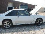 1990 Ford Mustang 5.0 L Auto AOD - WHITE - Image 2