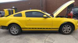 2005 Ford Mustang - Image 2