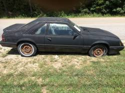 1985 Ford Mustang LX Hatch - Image 3