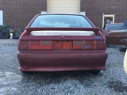 1990 Ford Mustang GT - red hatch - Image 6