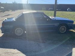 1990 Ford Mustang GT Convertible - Image 3