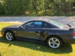1994-1998 - 1995 Ford Mustang V6