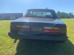 1983 FORD MUSTANG V6 CONVERTIBLE - Image 4